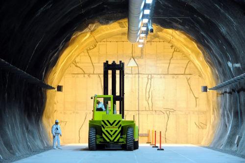 Nuclear waste vault
