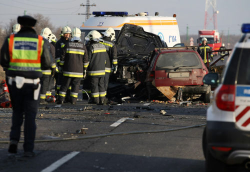 Hungarian car accident, 5 died